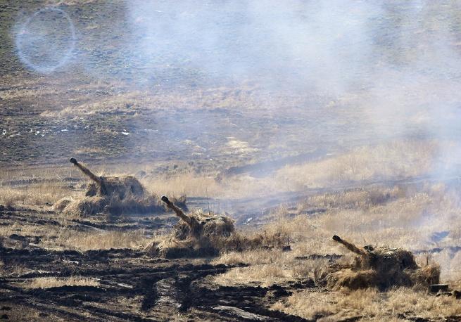 """152-мм дивизионная самоходная гаубица 2С19 """"Мста-С"""", фото ТАСС."""